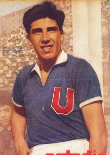 Navarro defendió a Universidad de Chile entre 1955 y 1964.