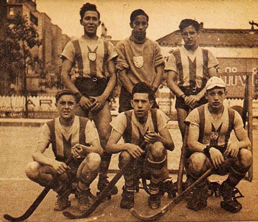 Representativo de Valparaíso en el Nacional de 1942. Los porteños fueron los pioneros del hockey en nuestro país.