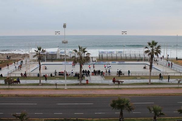 La pista en Playa Brava ya está tomando forma. (crédito foto: mundialdehockeypatiniquique2016.org)